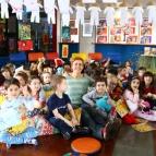 Pré 1 promove Festa do Pijama para receber a autora