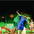 2º anos apresentam peça Em busca de um mundo melhor