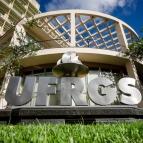 Colégio tem trabalhos selecionados para Salão UFRGS