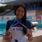 Elysa Maia medalhista de natação