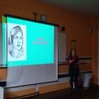 8º Ano participa de oficinas sobre Malala