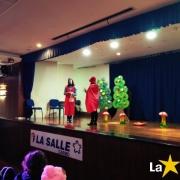 Creche participa do teatro da Chapeuzinho Vermelho