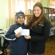 Projeto Minha escola Lê realiza sorteio de livros.