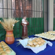 Colégio celebra dia de Santo Antônio