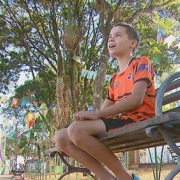 Adolescente de 14 anos devolve carteira com R$ 600