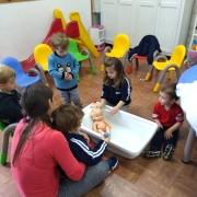 Projeto estimula cuidados com o corpo na Creche 2