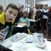 Alunos do 5º ano criam circuitos elétricos