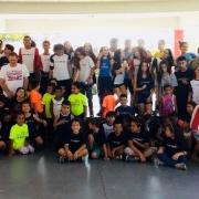 Páscoa Solidária entrega doações a crianças de baixa