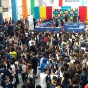 61 anos do colégio é celebrado com parabéns coletivo