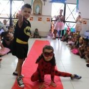 Bailinho de Carnaval faz crianças caírem na folia