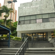 Centro Esportivo e Cultural e áreas para prática desportiva