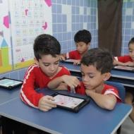 Multimídia em todas as salas de aula
