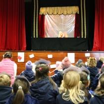 Teatro de marionetes na Festa do Livro