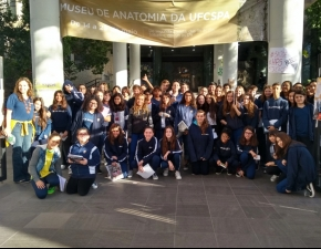 Turmas do 8º Ano EF visitam Museu de Anatomia