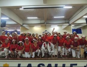Grupo Conviver apresenta danças para mães