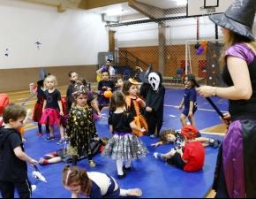 Festa de Halloween com galerinha da Ed. Infantil