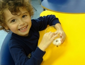 Creche 3: Atividade com feijões