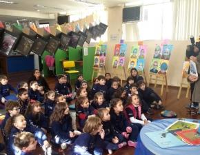 Turmas do Pré 2 recebem visita do escritor Eliandro Rocha