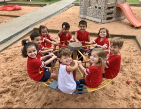Brincadeiras no Parque - Creche III B