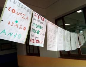 Varal de Poesias no Ensino Médio