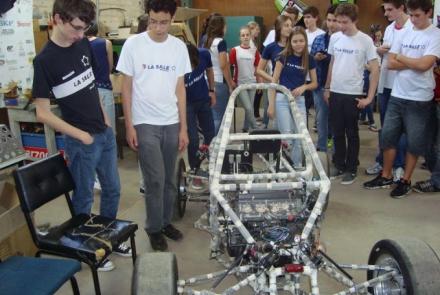 Visitas ajudam estudantes na escolha do curso a seguir.
